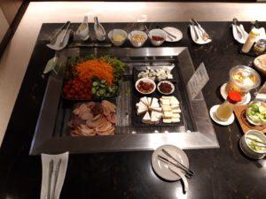 Krisflyer Lounge Bangkok, Buffet