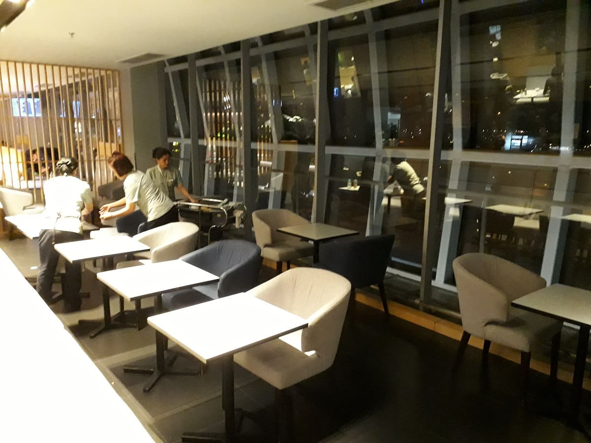 Air France/KLM Sky Lounge Bangkok Speisebereich