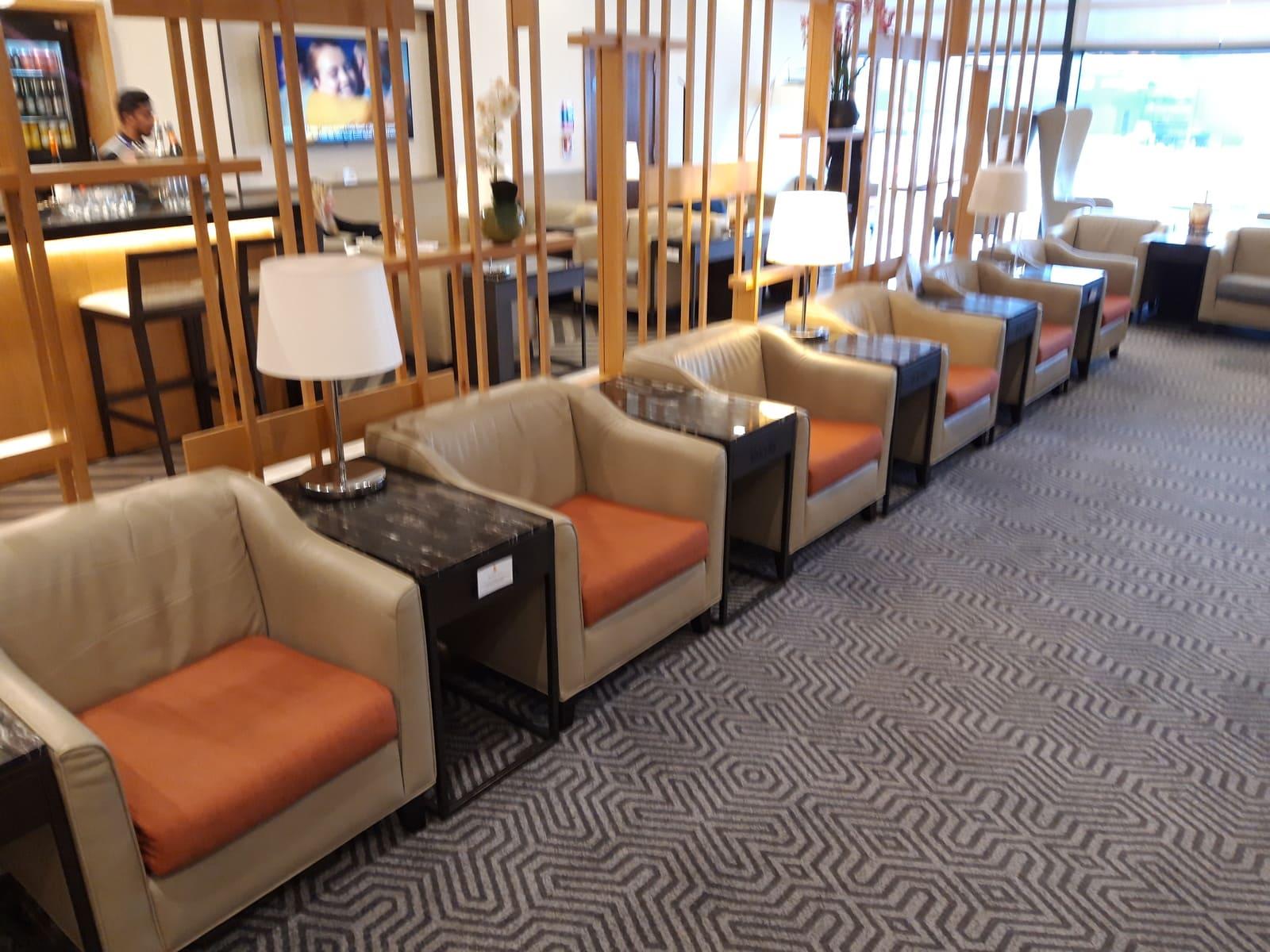 Silverkris Lounge London Bar