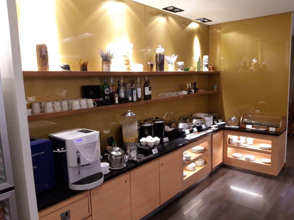 Silverkris Lounge Kuala Lumpur: Buffet