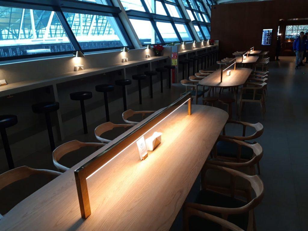 Cathay Pacific Lounge Shanghai Arbeitplätze
