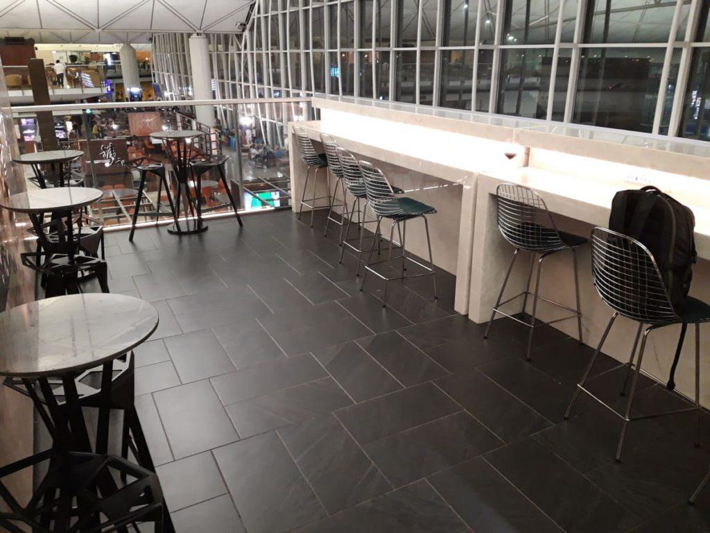 AMEX Centurion Lounge Hongkong Arbeitsplätze