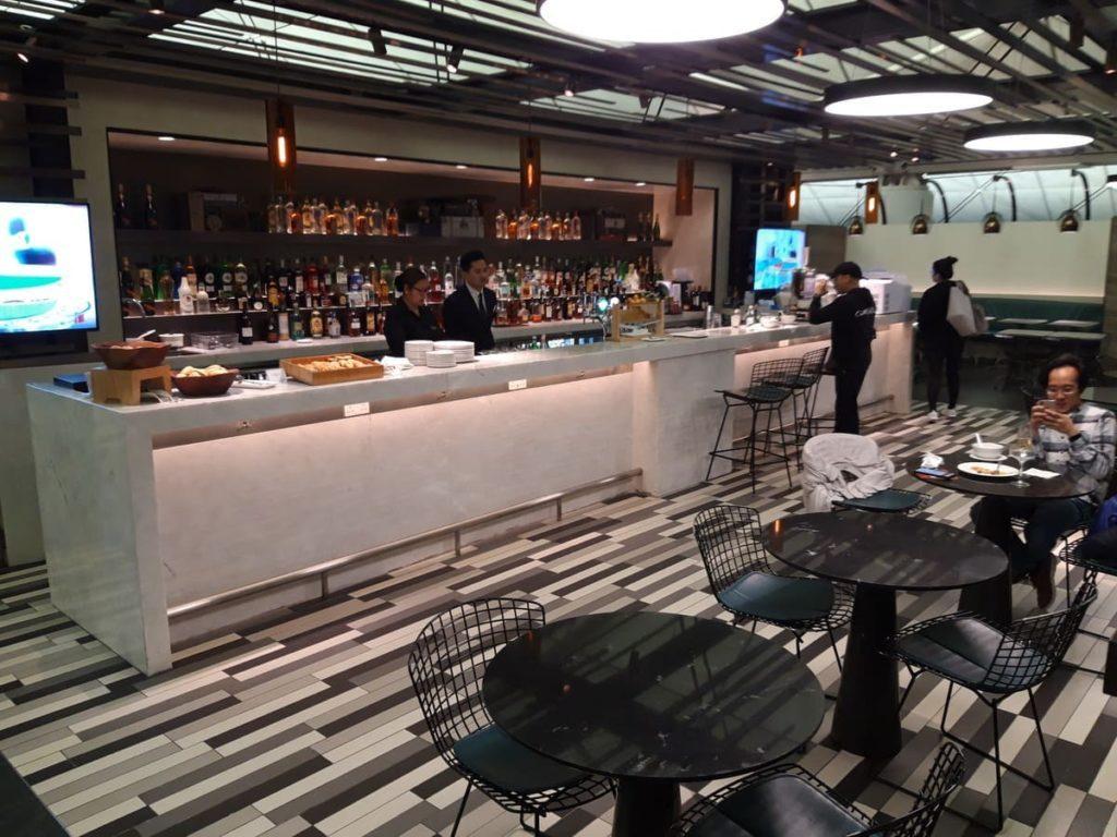 AMEX Centurion Lounge Hongkong Bar
