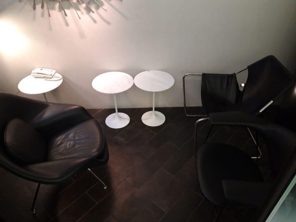 AMEX Centurion Lounge Hongkong Gesprächsecke