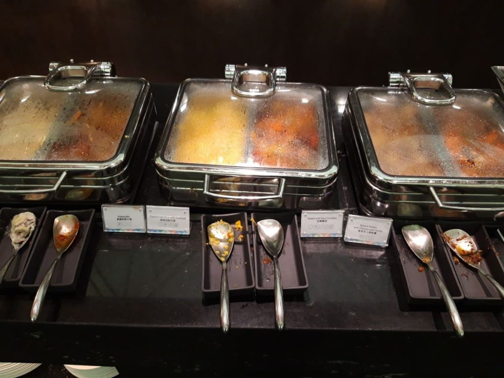 AMEX Centurion Lounge Hongkong warme Speisen