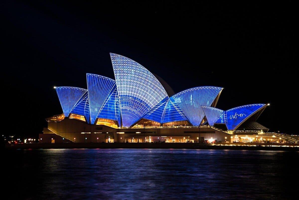 Mit Meilen nach Australien
